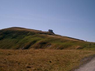 Blick auf das Statzerhaus und den Hundstein