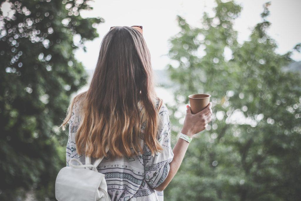 Natürliche Pflege trockener Haare