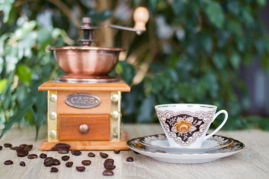 der gute alte filterkaffee ist wieder da das online magazin so vielseitig wie das leben. Black Bedroom Furniture Sets. Home Design Ideas