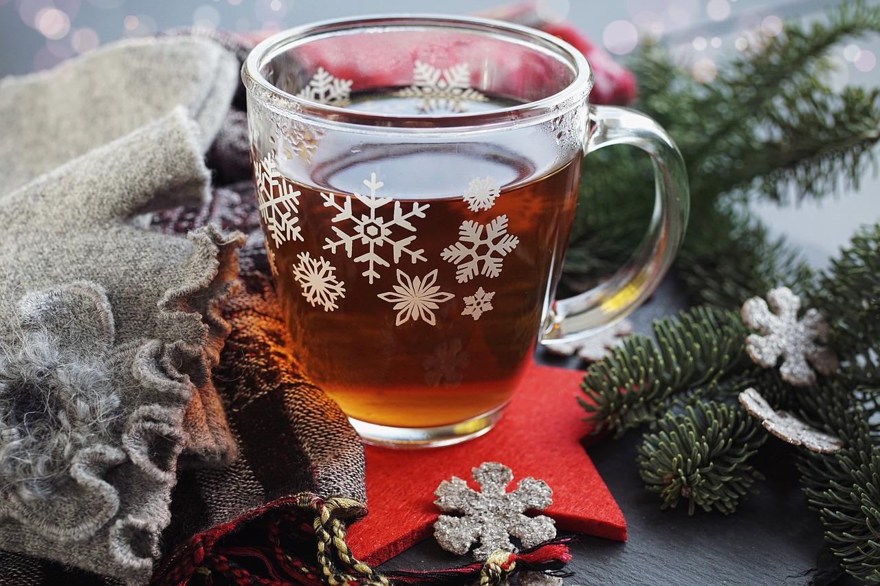 Glühwein, Glögg und Punsch – weihnachtliche Getränke mit Tradition