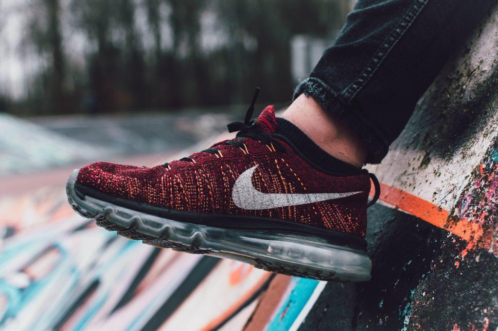 Herren Sneaker sind auch 2018 trendy
