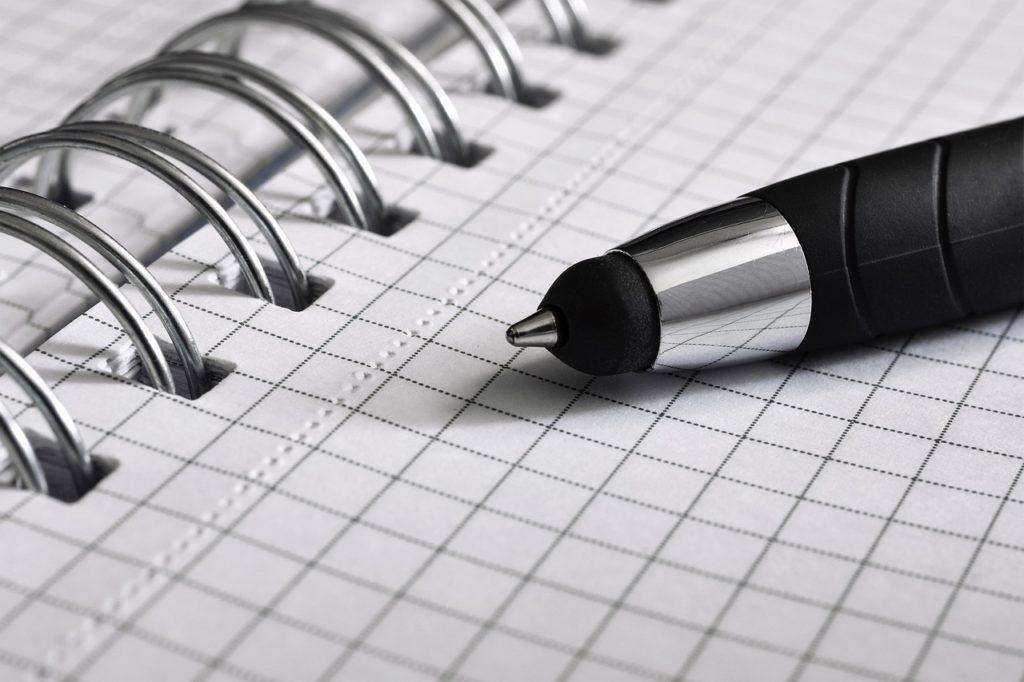 Papier und Stift zum Vorstellungsgespräch nicht vergessen