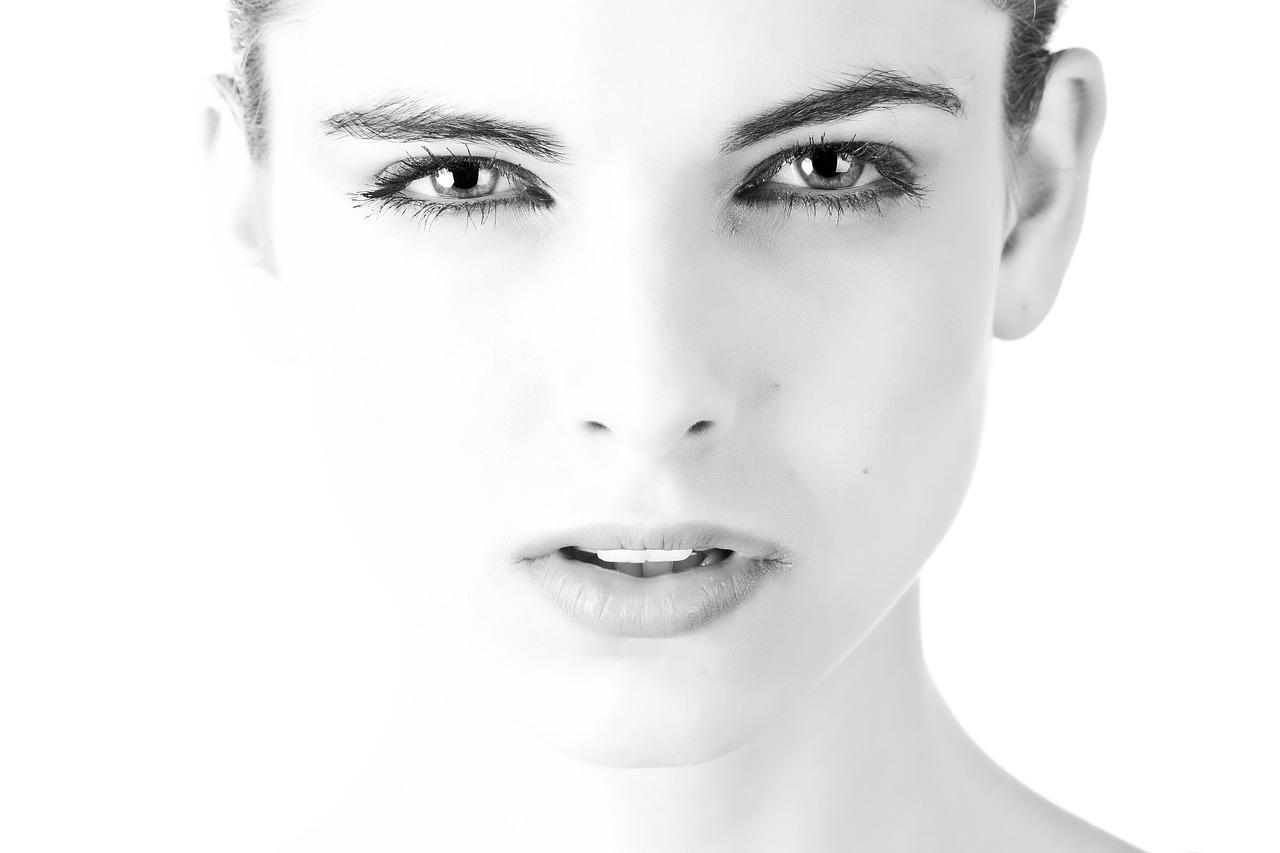 Antlitzdiagnose, hier Gesicht einer Frau