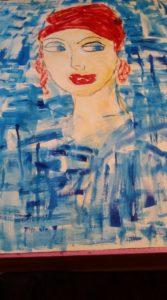 Frauenkopf mit rotem Tuch, geschminkt, Blau